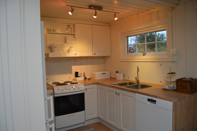 Kjøkken etter oppussing. Foto 10