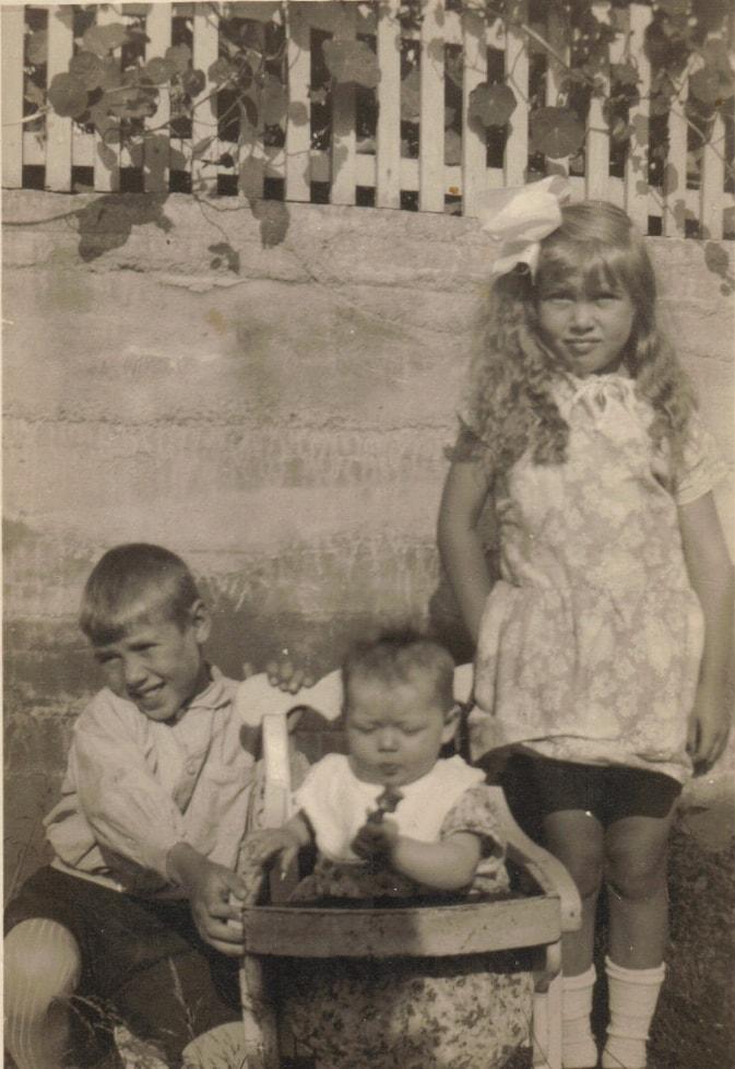 Tre søsken - tatt 1928, Storhaugveien 14, Kråkerøy