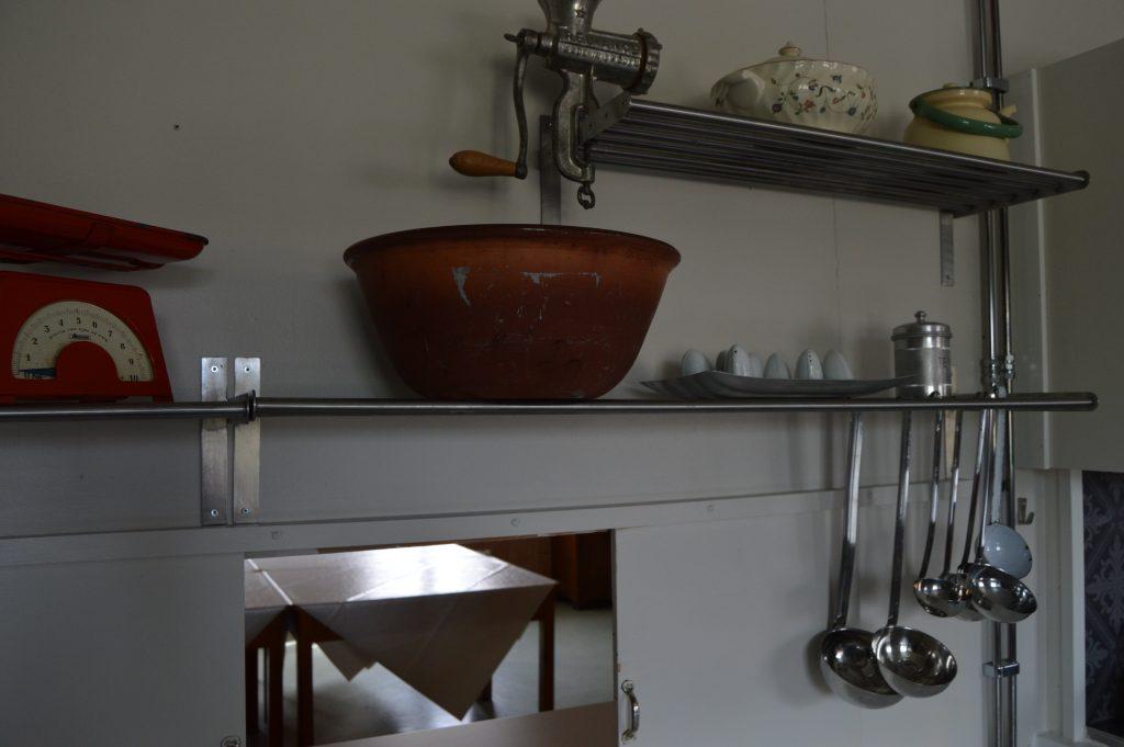 Lykken var å ha en farmor som kokke på Solhaug feriekoloni - Detalj fra kjøkkenet på Solhaug feriekoloni