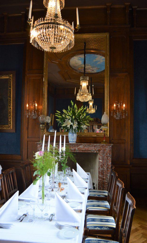 Detaljer fra en spisesal på kronovall Slott, Østerlen i Skåne