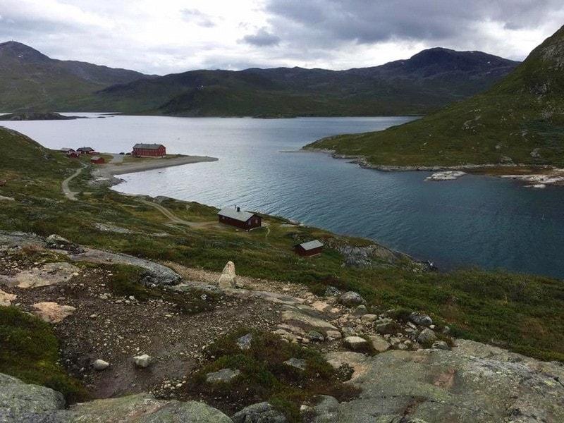 Panorama over fjellene på turen fra Torfinnsbu til Bygdin
