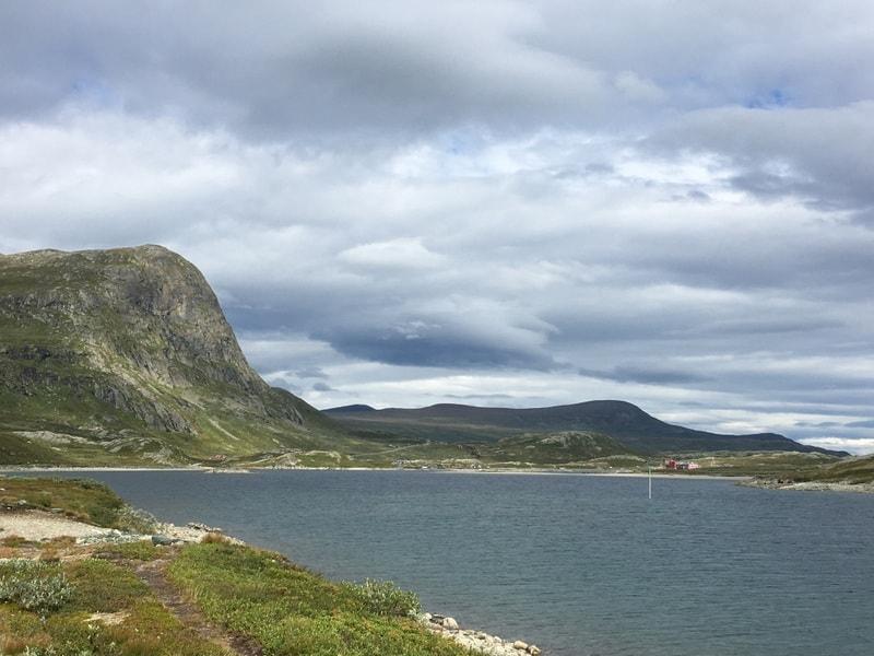 Utsikt mot Bygdisheim. Foto tatt på fotturen fra Torfinnsbu til Bygdin