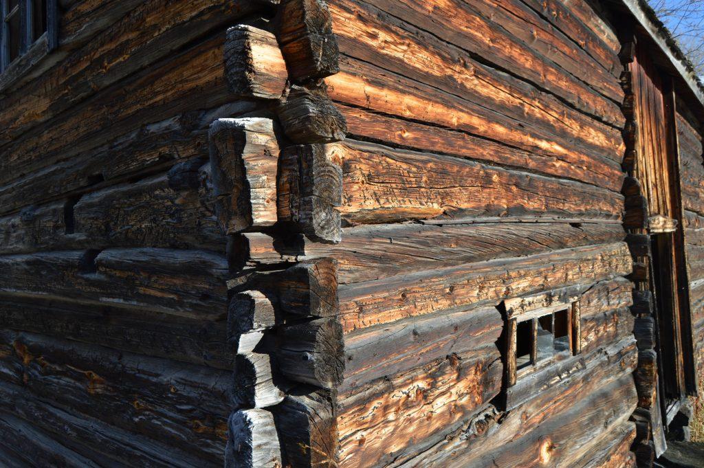 Kulturarv - Laftet tømmervegg - Beitosølen