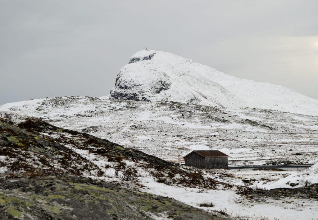 Reisen innover Valdresflya vekker barndomsminner - Bitihorn sett fra Bygdin