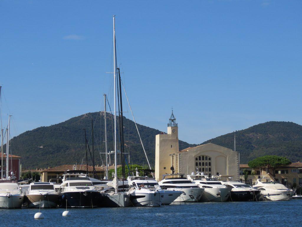 Port Grimaud - Frans av Assesi kirken