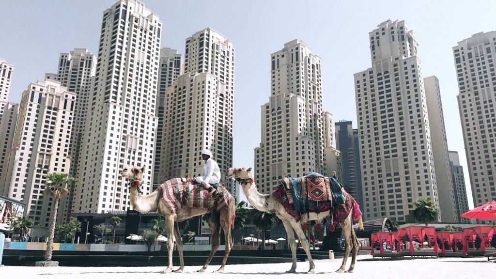 Skyskrapere bygget på sand, Dubai