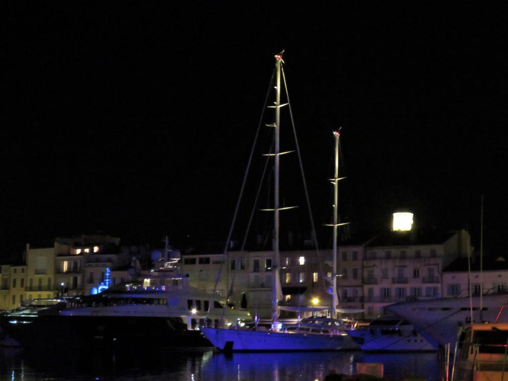 Kveldsstemning i bukta St. Tropez