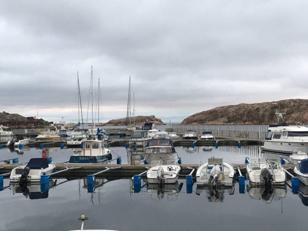 her ser du utsikten fra restauranten Norra Hamnen 5 i Lysekil