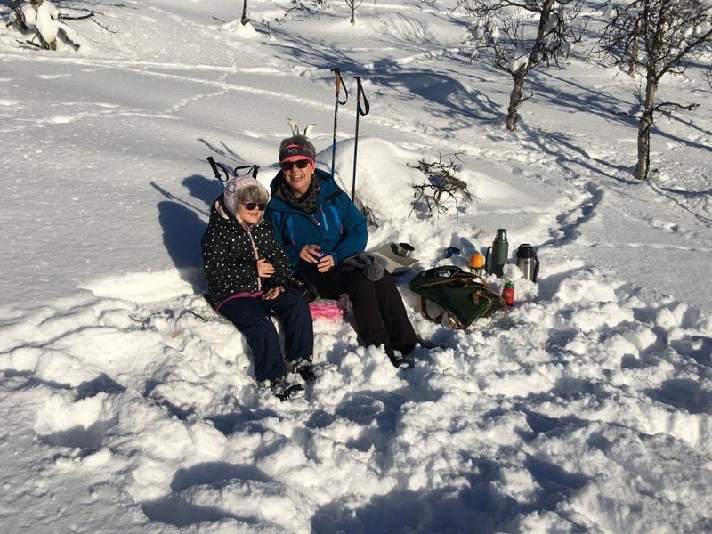 Langrenn får vi minst 5 helsegevinter av - Rast underveis på skitur, Beitostølen