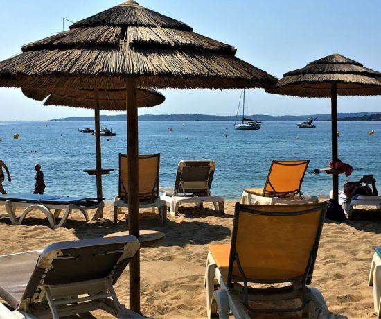 Les Issambres på den franske riviera, badebyen med hvilepuls - Herlig strandliv