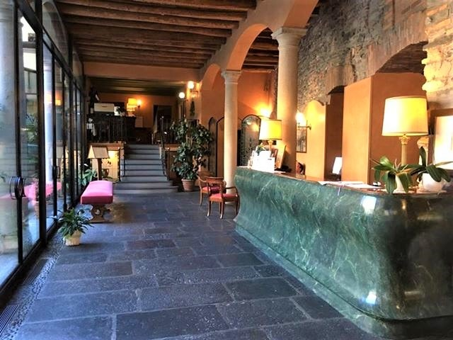Hotel Albergo Le Due Corti o Como, bilferie i Europa