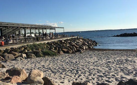 Restaurant Sillen och Makrillen i Helsingborg. Ligger fantastisk til ved Sundet, utsikt over til Danmark