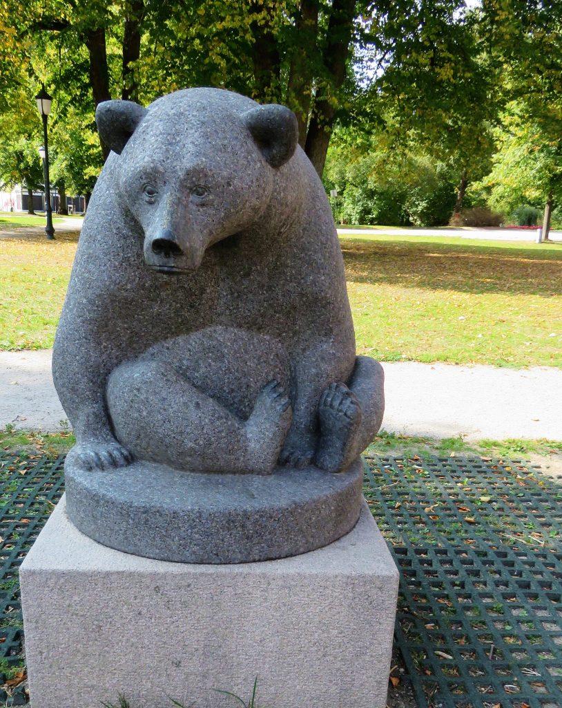 Foto 8 Kunstsafari i Freikstad, den kjente Bjørnen
