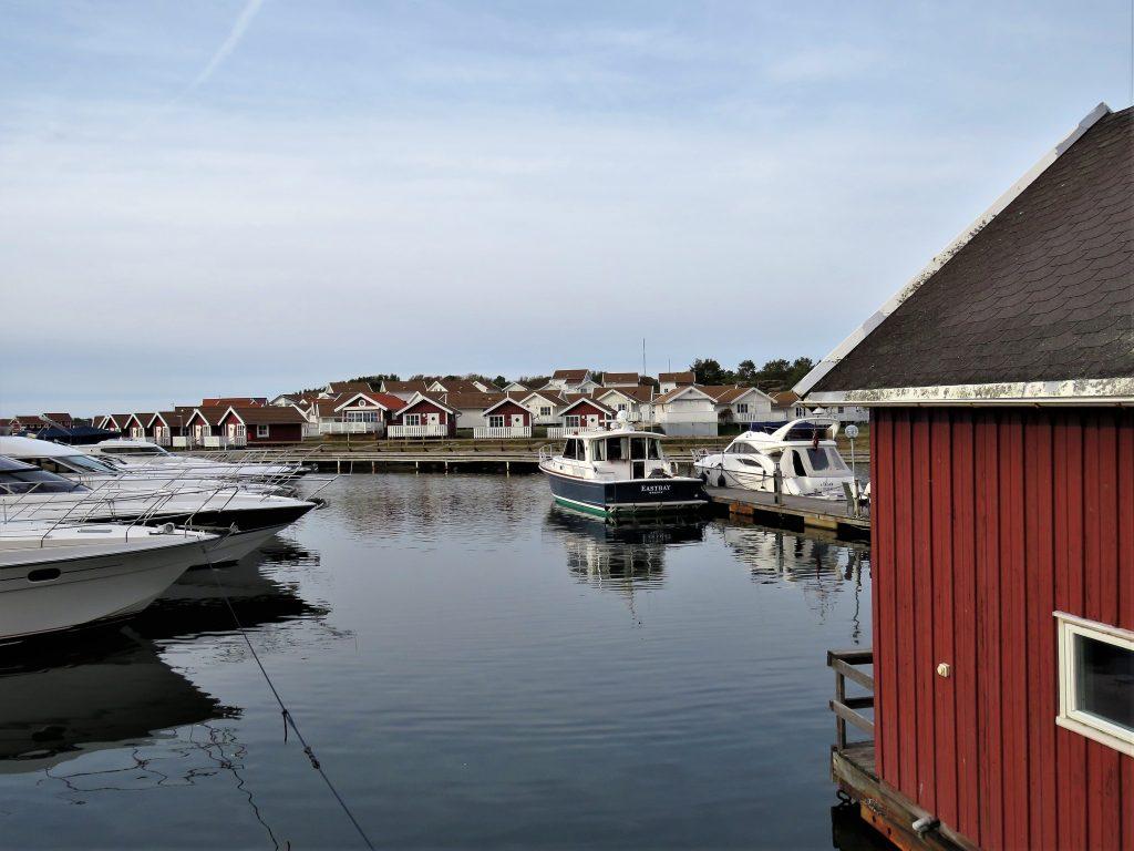 Grebbestad - jomfruturen med bobilen vår Hjalmar - langs bryggene