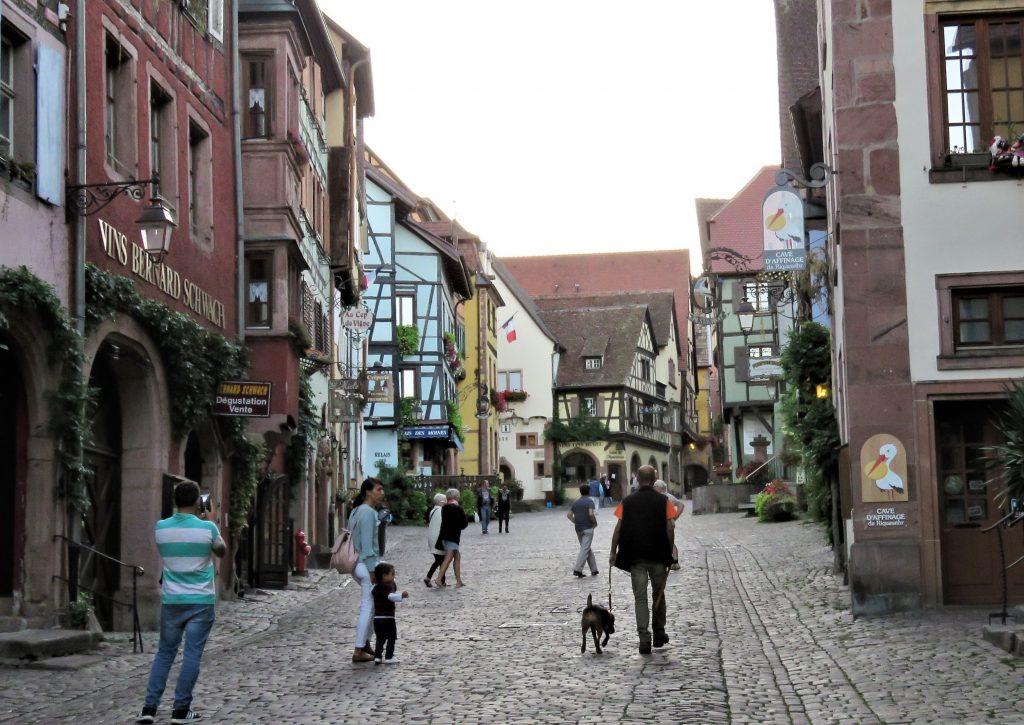 Riquewihr - gatebilde - urbantoglandlig