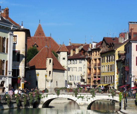 Her er det mest leste innleggene i 2018 i urbantoglandlig. Annecy med Europas reneste innsjø. Mot Palais de l'Isle,