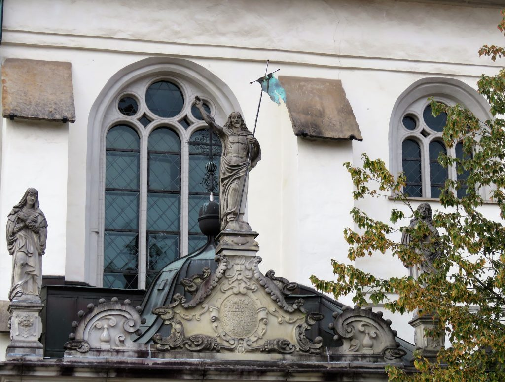 Er Celle i Tyskland et eventyr. En detalj fra kirken i Celle. Urbantoglandlig