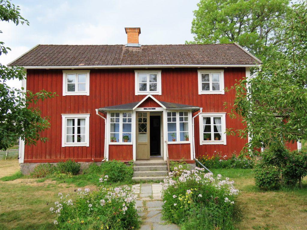 Ta barna med til Åsens by. Teklas hus. urbantoglandlig.