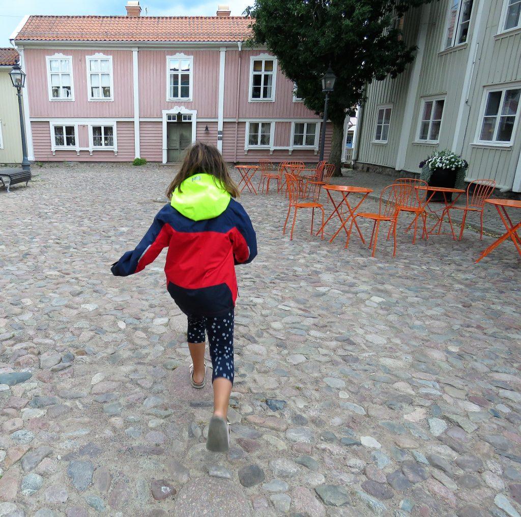 Opplev den gamle og unike trebyen i Eksjö - Gangstener for fintfolk.