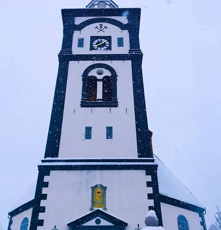 Reisen til Røros - en juledrøm blir virkelig - Røros kirke