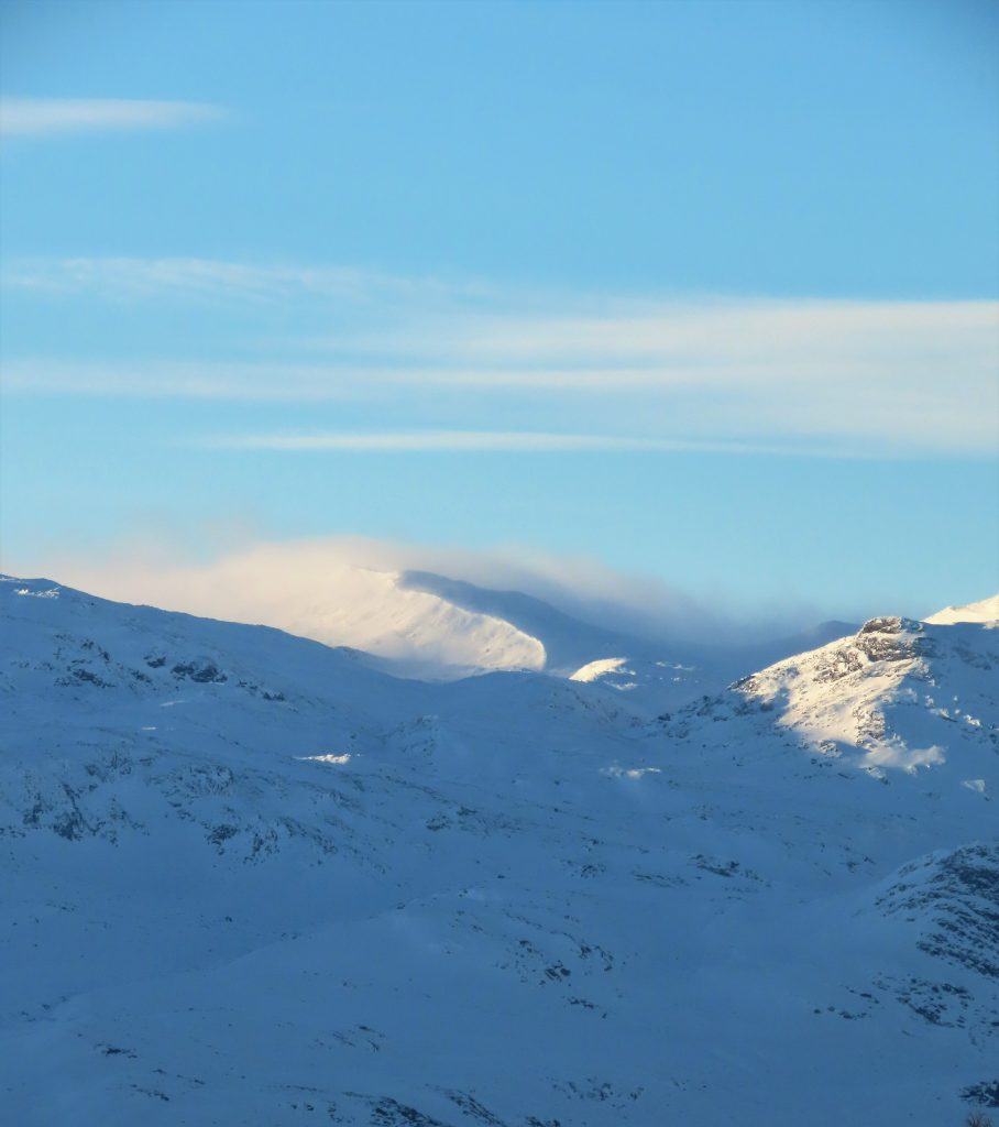 Supergli på felleski innover Garlislettene - Vakre norske fjell