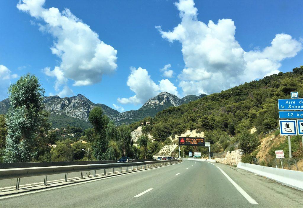 Tips til bilferie fra Norge til Sør-Frankrike - På bilveien mot målet i Sør-Frankrike