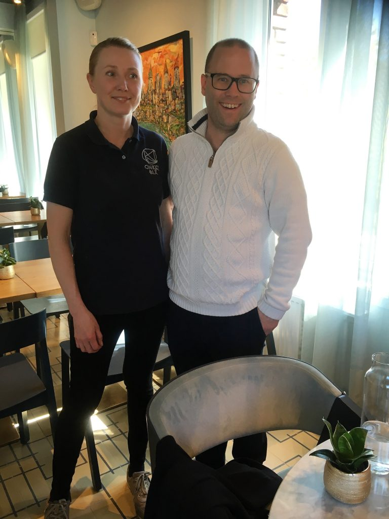 Anne Marthe og Patrik som sammen driver Onkel Blå i Moss