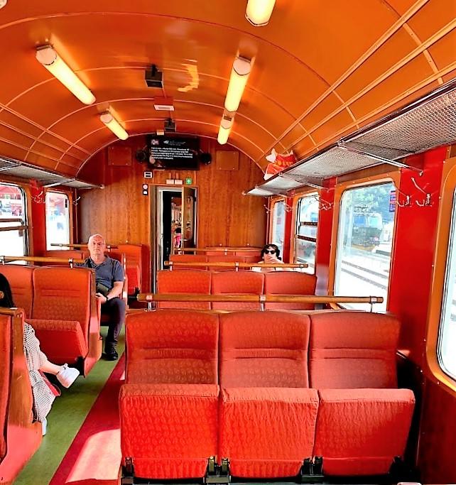Interiøret i togvognen på Flåmsbanen IMG_2558 (2)