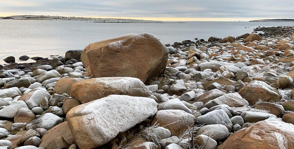 På rulleteinstur i Hvaler-skjærgården - steiner i mange utforminger IMG_4846 (2)