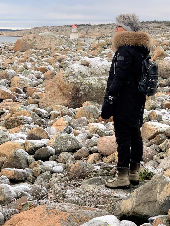Rullesteiner som underlag og omgivelser med flott utsikt - Brattestø IMG_4856 (2)