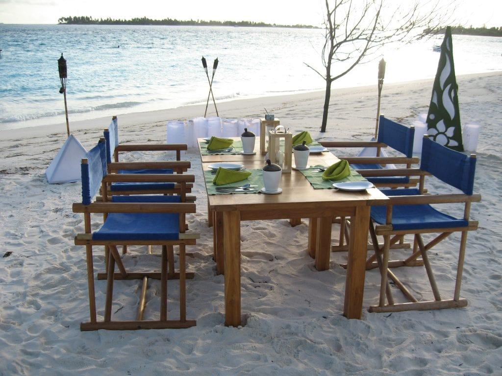 maldivene-middag-pa-stranden-