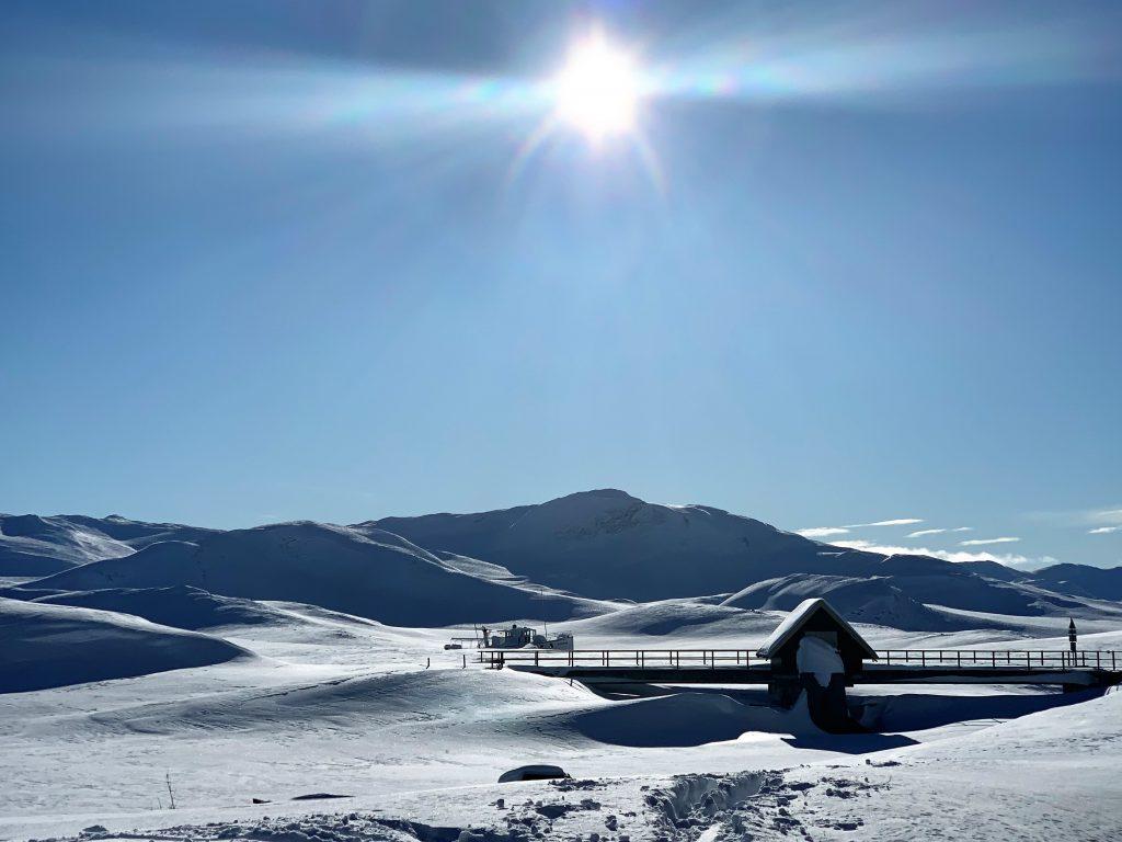 En kjøretur til Bygdin for å nyte omgivelsen kledd i snø