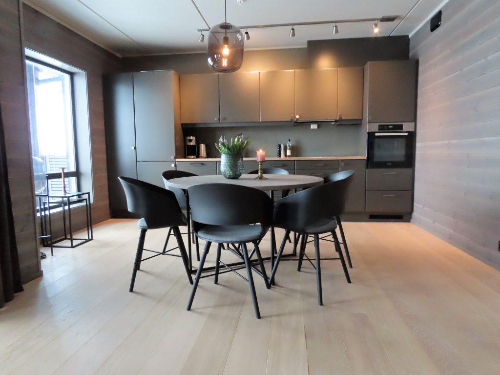 Kjøkkenet i leiligheten i Riddertunet