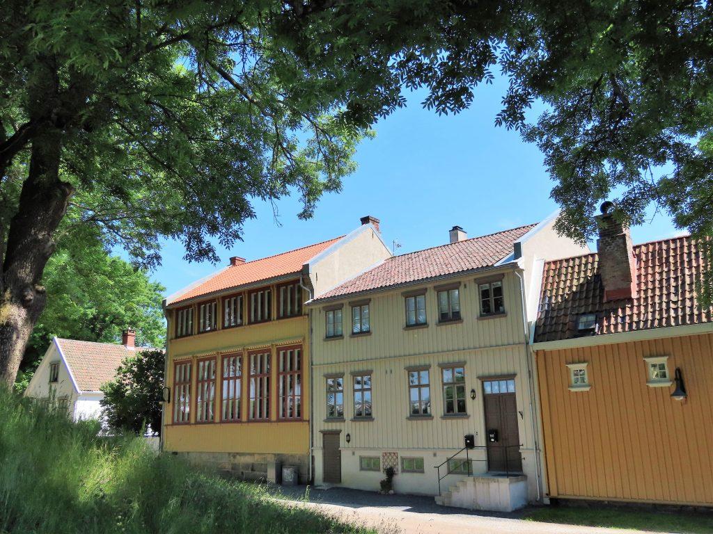 Den flotte, gamle bebyggelsen i Gamlebyen