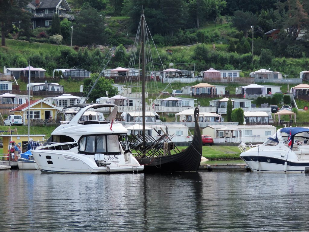 Norsjø ferieland sett fra Telemarken - båten