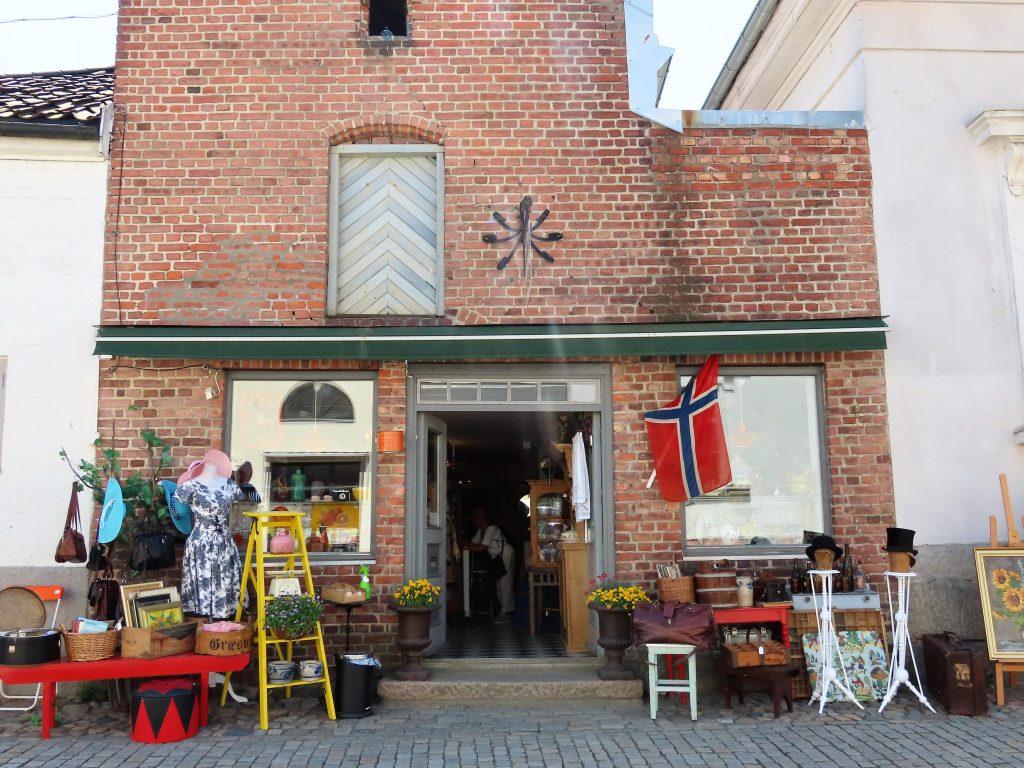 Tips til en sommerdag i sjarmerende Gamlebyen - brukt og antikk