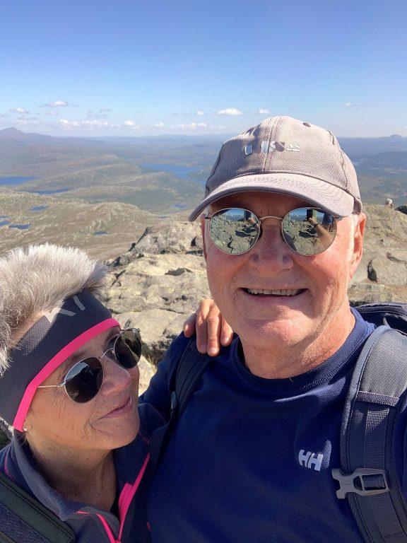 Tor og jeg på toppen av Bitihorn