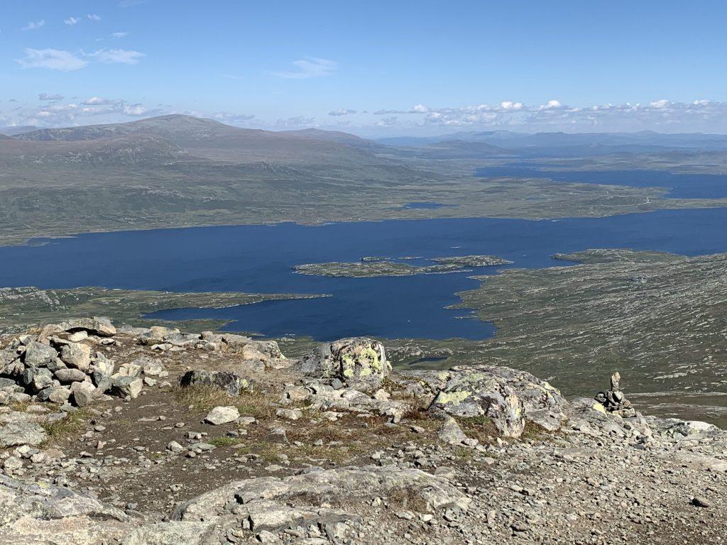 Utsikt fra Bitihorn over Vinstervatn
